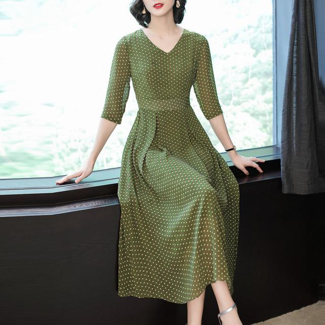 高端雪纺连衣裙夏天2018新款女士V领透气显瘦气质波点中长裙优惠券