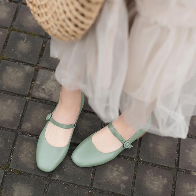 2019新款春单鞋女鞋小清新复古玛丽珍方头真皮一字带粗跟低跟浅口优惠券