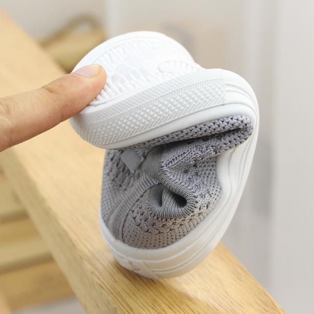 春秋宝宝鞋学步鞋宝宝女男鞋子1-3岁软底儿童透气网鞋单鞋板鞋优惠券