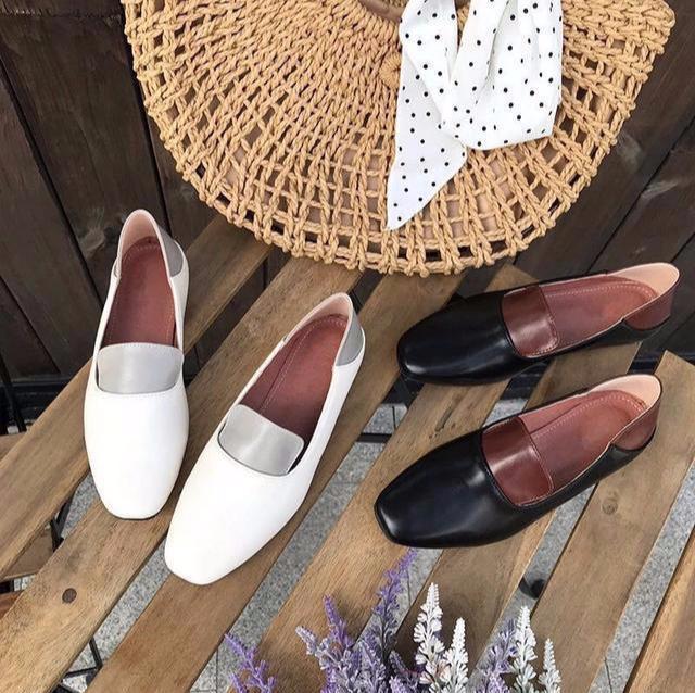 """突然又出一女鞋:叫""""美脚鞋"""",也叫""""奶奶鞋"""",显得小巧玲珑"""