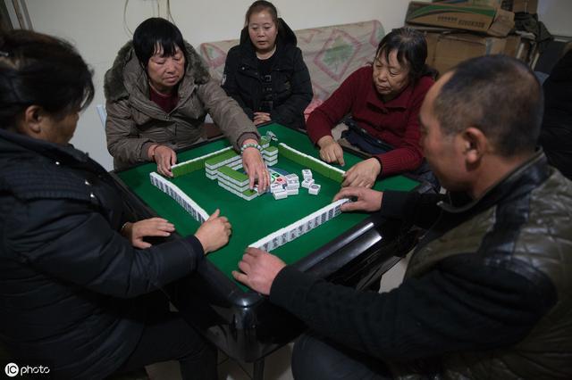 打麻将切记别出这两张牌,不然会让你输的叮当响,分文不剩