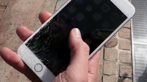 手机钢化玻璃膜本身易碎,所以我们一定要选质量好的第1张-YMS工作室