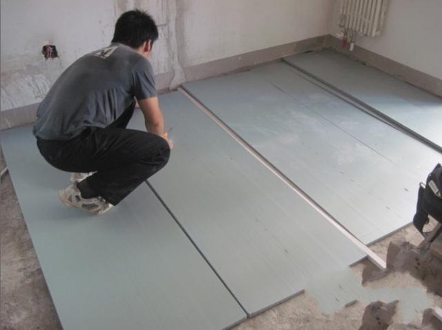 地板砖不吃香了!坚决不贴墙纸!现兴这潮装式,全屋几百气派省钱