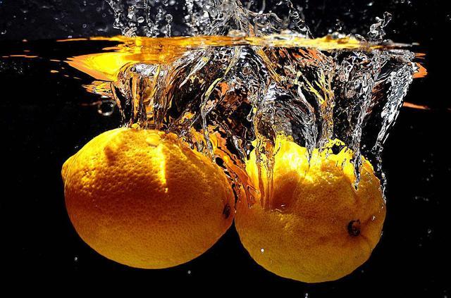 你家的柠檬还只是作调味料?细数柠檬的8大妙用,你知道哪几个
