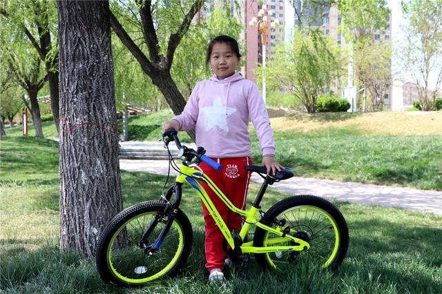 送给孩子最好的一件礼物——骑记小学生山地自行车!