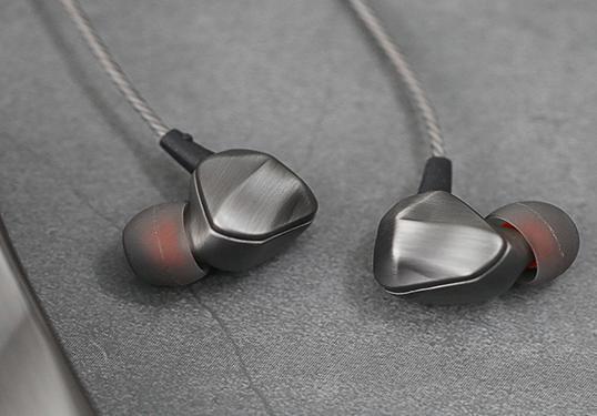 售价不到一百元,徕声F100打造耳机新主张,最大感受:物美价廉