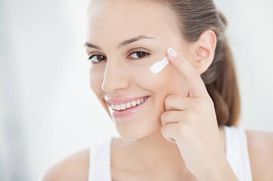 脸部肌肤如此重要,怪不得需要这些护肤品
