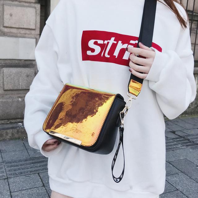 包包才最能展现女人的品味,同时也是体现你品位的细节所在