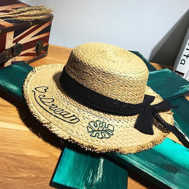 逛街打伞麻烦?今夏火一塌糊涂的遮阳草帽,款款时尚防晒又减龄