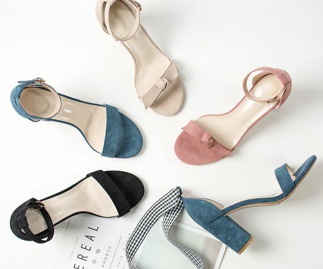 夏日最时髦的八双凉鞋盘点