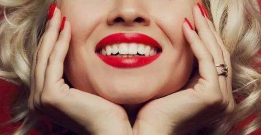 普通牙刷和电动牙刷惊人的四大区别!