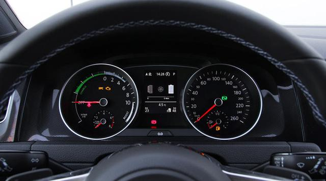 """车上这一配置被称为""""油耗子"""",开车不关掉它,油耗就蹭蹭往上涨"""
