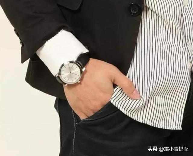 """香港""""绅士手表一出,佛珠不吃香了!气质高雅又迷人,人人买得起"""