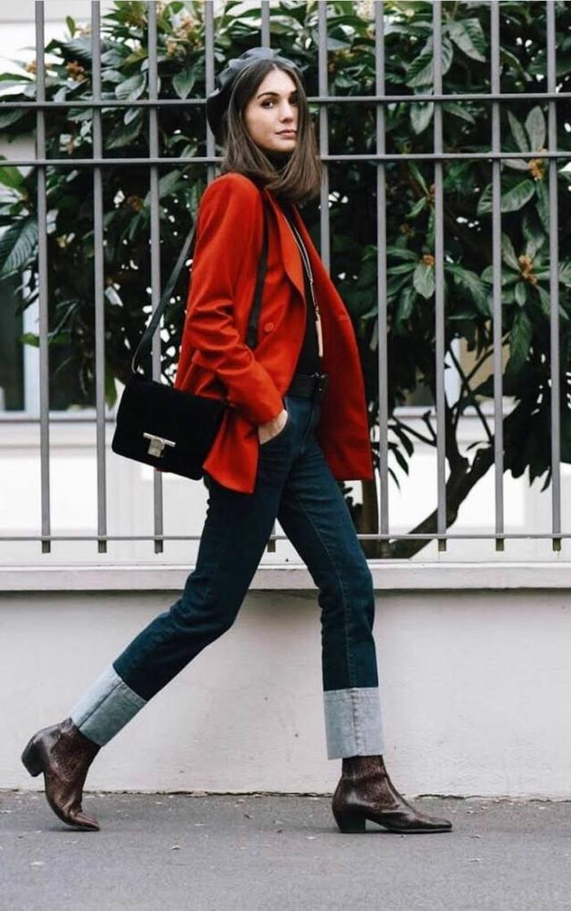 女人过了30岁,秋冬少穿卫衣!试试这5款搭配,知性大气有质感