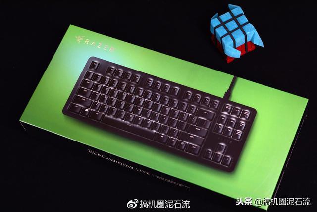 你没看错,雷蛇推出首款办公游戏机械键盘!
