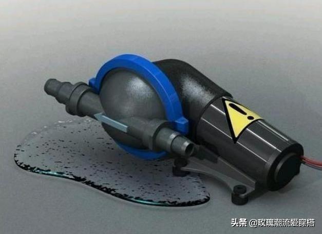 """东莞""""高压洗车机火了!洗车只需几分钟,车身一尘不染像新的一样"""