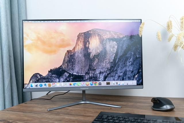 老牌电视品牌做显示器,百元价位也有全面屏,长虹24P630F评测
