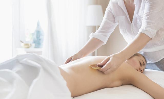 穴位养生堂:刮痧的补泻原则及方法、痰湿体质常用刮痧法