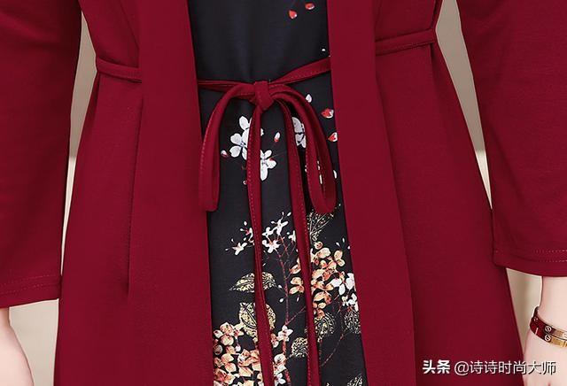 难怪妈妈把旗袍全扔了,如今流行穿这,优雅春裙,气质高雅又迷人