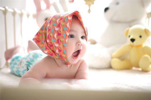 老人这四种特征,可能遗传给宝宝,若是第一种家长要注意
