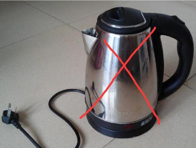 难怪老公不肯买电水壶,原来现在都流行这样式,再也不喝千滚水