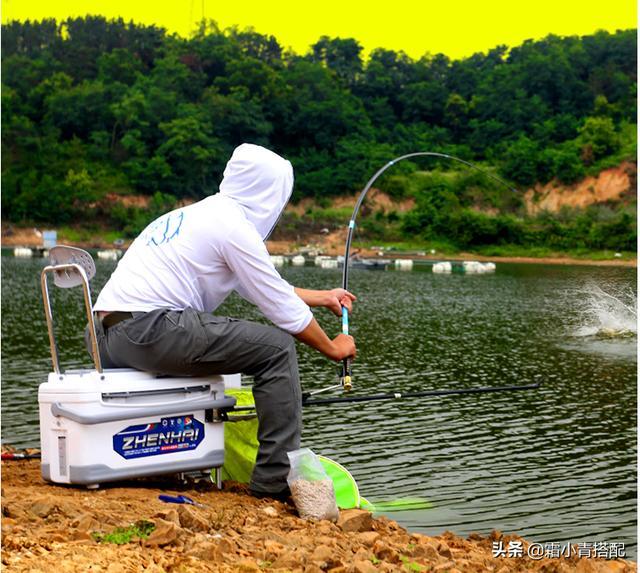 """据说今年时兴""""新式渔具"""",功能强劲又便宜,让你上鱼上到手软"""