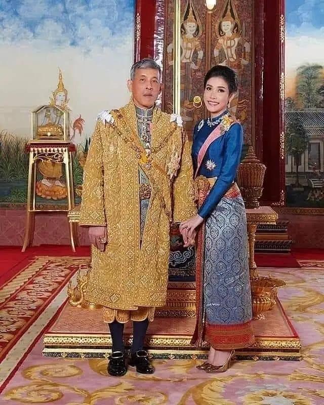泰国王妃上位3月被剥夺全部头衔!因对泰王不忠还是与王后不和?