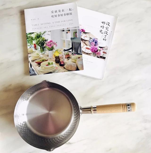 风靡日本的雪平锅一路火到中国,堪称万能厨娘,煎煮蒸炸都精通