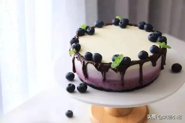 想做渐变蛋糕,但不会裱花,又不会抹面,怎么办?
