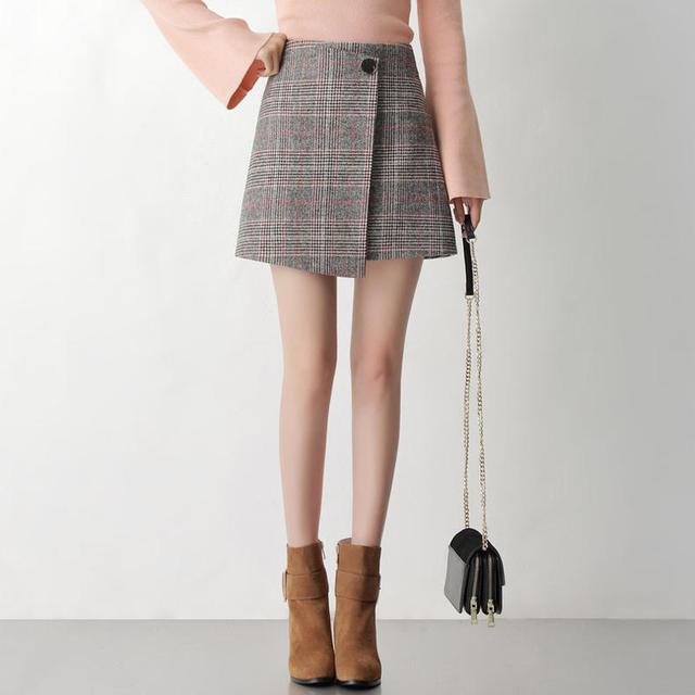 春暖花开,半裙选择小短款,给你减龄少女感