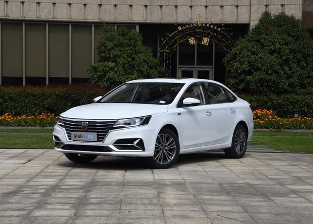 这国产车一上市销量很高,如今的成绩还过得去,月销突破四千