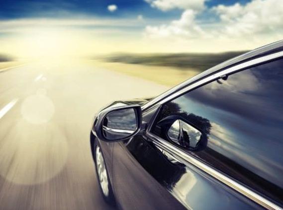 别管是国产车还是进口车,跑够7千公里清理此处,再开9年还像新车